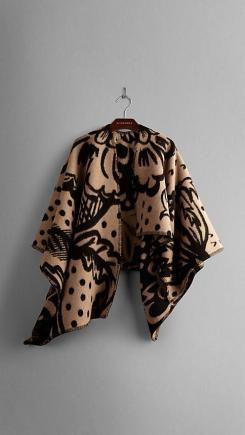 F/W 14/15 TREND REPORT – The Poncho – Dissecting The Look