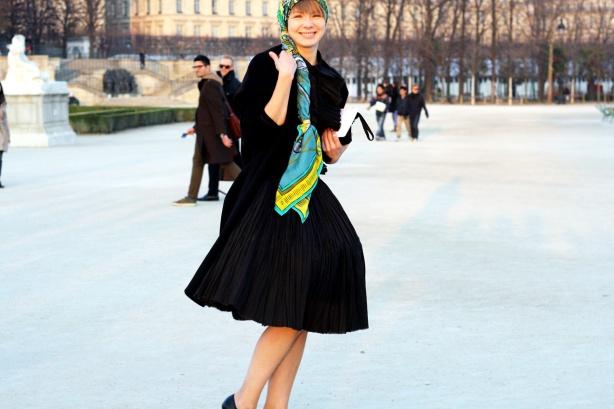 vika-gazinskaya-paris-fashion-week1